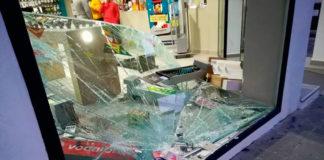 Robo en una tienda de teléfonos de Vejer