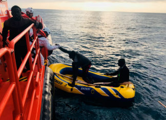 Rescate 81 inmigrantes