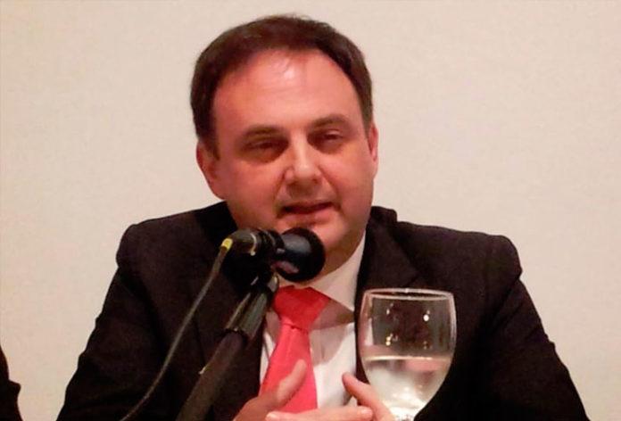 Alfonso Caravaca
